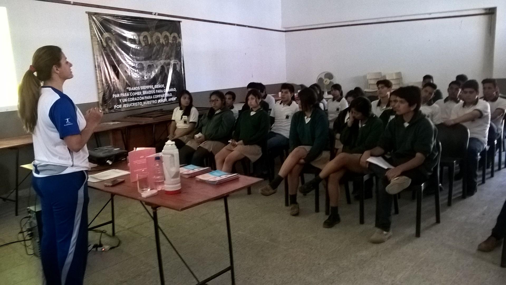 Capacitación en RCP a los alumnos y profesores